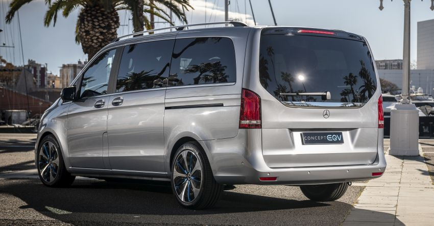 Mercedes-Benz Concept EQV – first public drive for electric MPV, production version debuts in Frankfurt Image #959351
