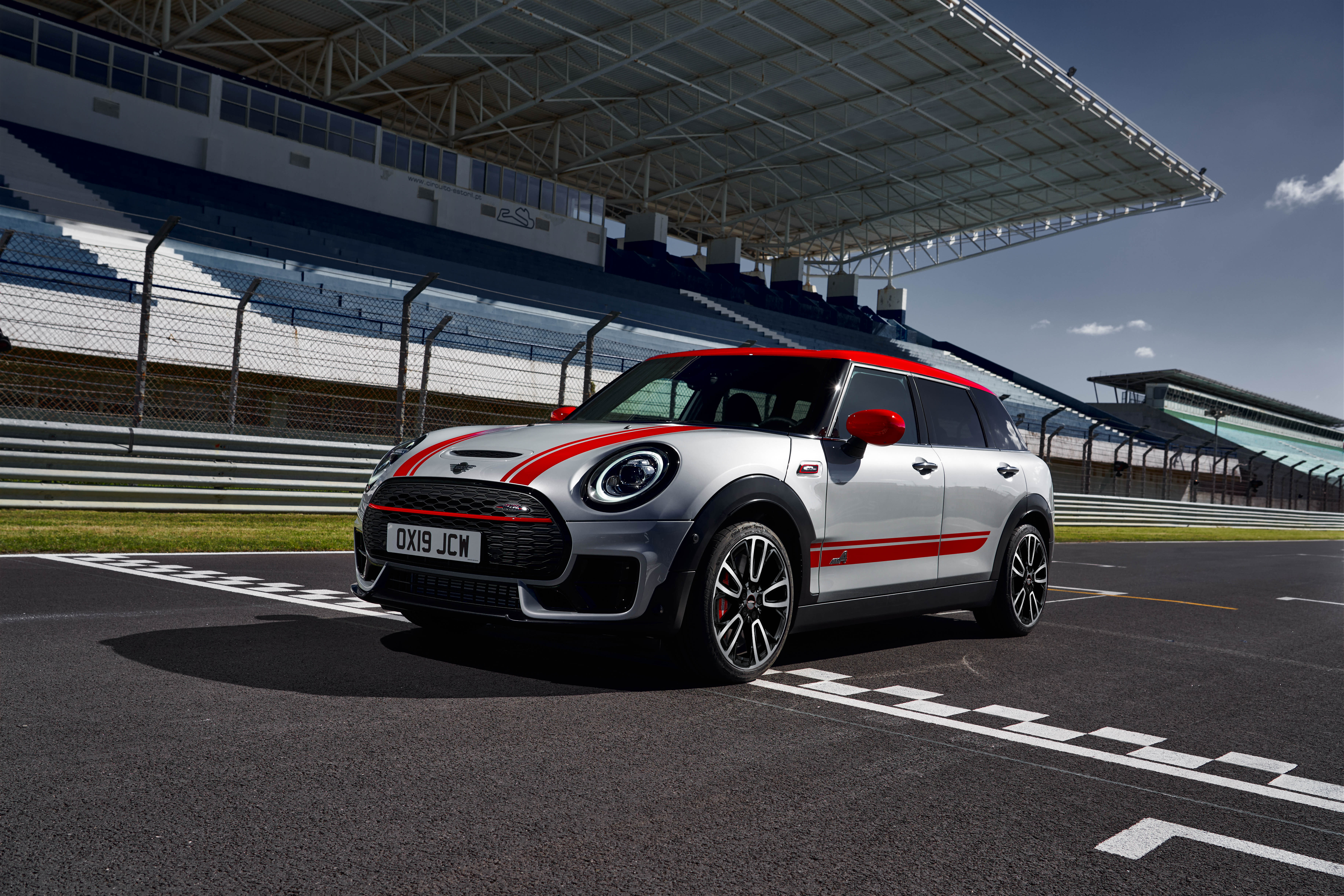New Mini John Cooper Works Clubman Countryman Unveiled 306 Ps