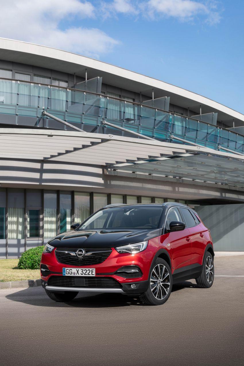 Opel/Vauxhall Grandland X Hybrid4 – brands' 1st PHEV Image #959263