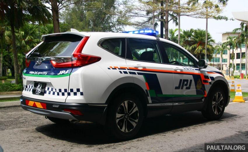 PLUS hands over 10 units of Honda CR-V 2.0L to JPJ Image #960461