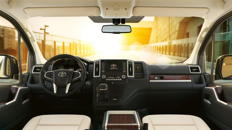 Toyota Granvia didedahkan – van mewah 8-tempat duduk berasaskan Hiace, kelengkapan seakan Vellfire Image #961996
