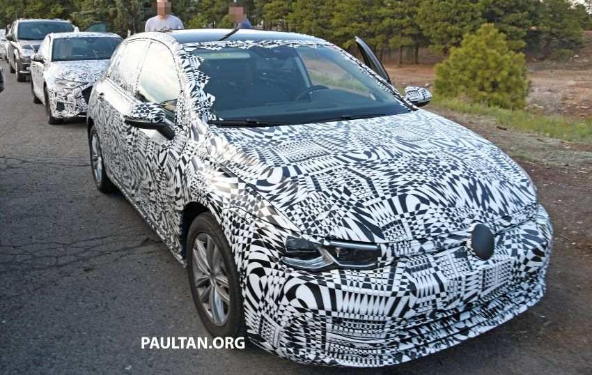 Volkswagen Golf Mk8 to debut in October – official sketches revealed; interior exposed in new spyshots Image #960358