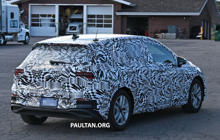 Volkswagen Golf Mk8 to debut in October – official sketches revealed; interior exposed in new spyshots Image #960366