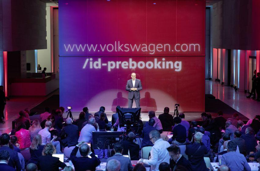 Volkswagen ID.3 dibuka untuk tempahan di Eropah – kereta elektrik penuh pertama Volkswagen, RM186k Image #958293