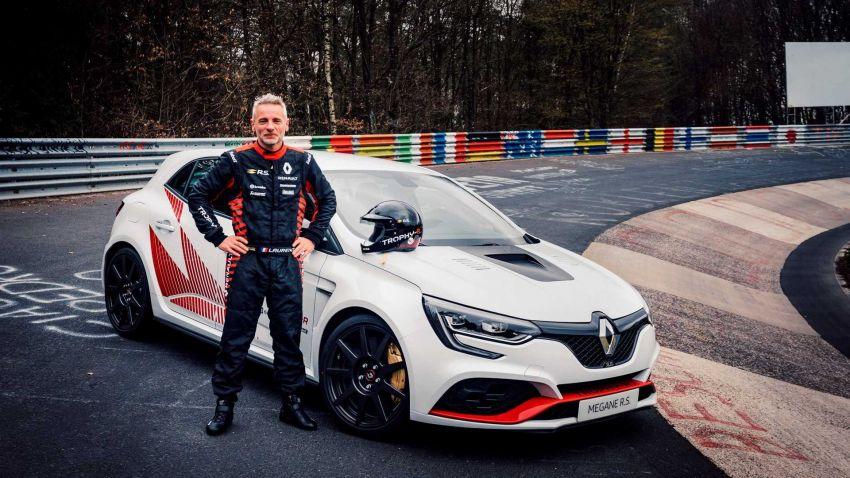 Renault Megane RS Trophy-R leburkan rekod Honda Civic Type-R di Nürburgring – 3 saat lebih pantas! Image #961972
