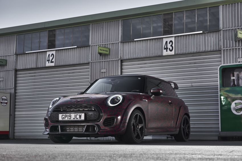 2019 MINI John Cooper Works GP prototype unveiled Image #975609