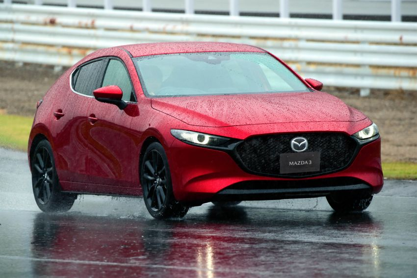 2019 Mazda 3 in detail – improved NVH; why a torsion beam and no touchscreen; unique sedan/hatch styling Image #974251