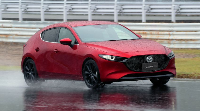 2019 Mazda 3 in detail – improved NVH; why a torsion beam and no touchscreen; unique sedan/hatch styling Image #974267