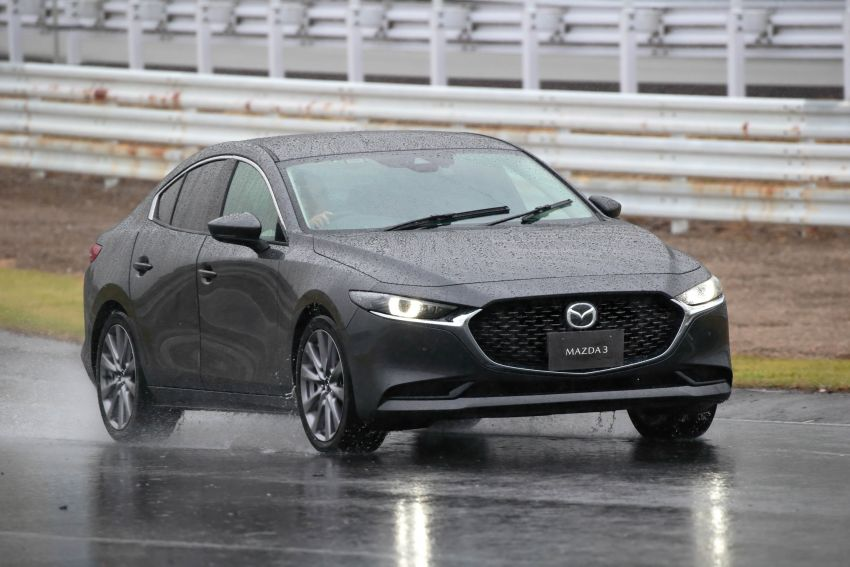 2019 Mazda 3 in detail – improved NVH; why a torsion beam and no touchscreen; unique sedan/hatch styling Image #974260