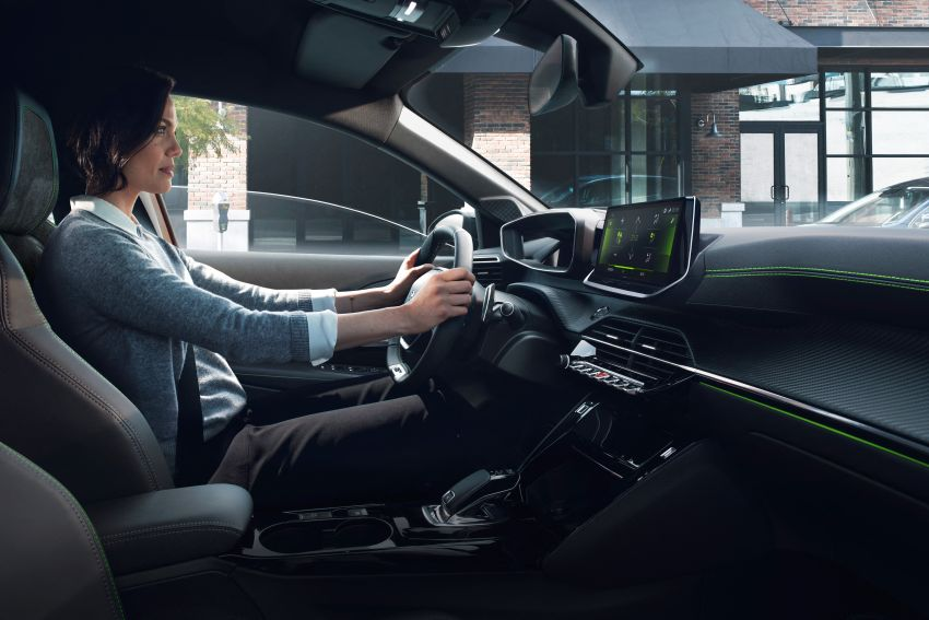 2019 Peugeot 2008 revealed – based on new 208 with lots of tech, electric e-2008 variant with 310 km range Image #974821