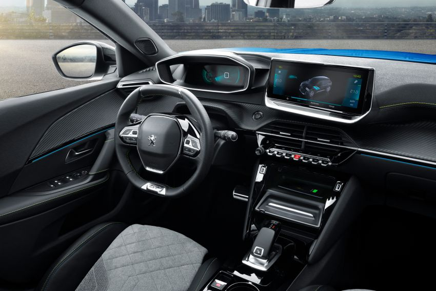 2019 Peugeot 2008 revealed – based on new 208 with lots of tech, electric e-2008 variant with 310 km range Image #974803