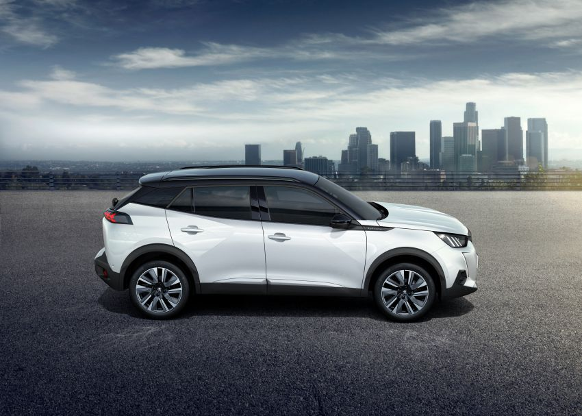 2019 Peugeot 2008 revealed – based on new 208 with lots of tech, electric e-2008 variant with 310 km range Image #974989