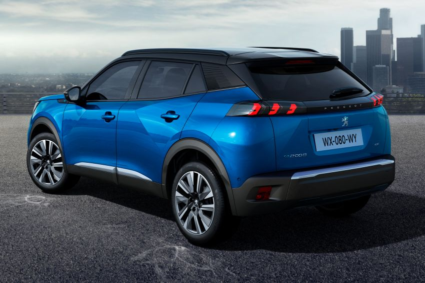2019 Peugeot 2008 revealed – based on new 208 with lots of tech, electric e-2008 variant with 310 km range Image #975007
