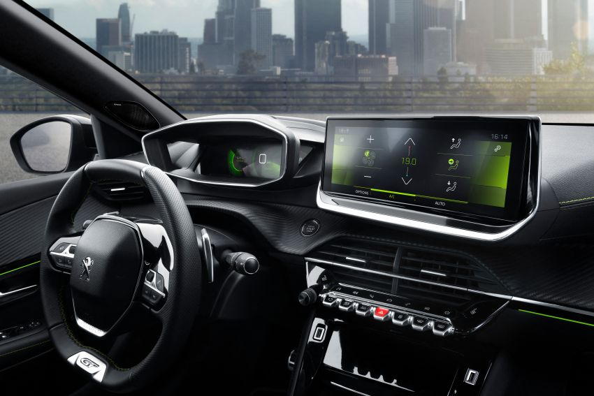 2019 Peugeot 2008 revealed – based on new 208 with lots of tech, electric e-2008 variant with 310 km range Image #975138