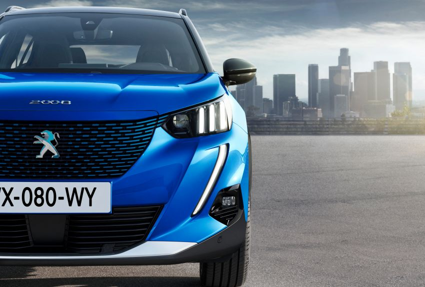 2019 Peugeot 2008 revealed – based on new 208 with lots of tech, electric e-2008 variant with 310 km range Image #975161
