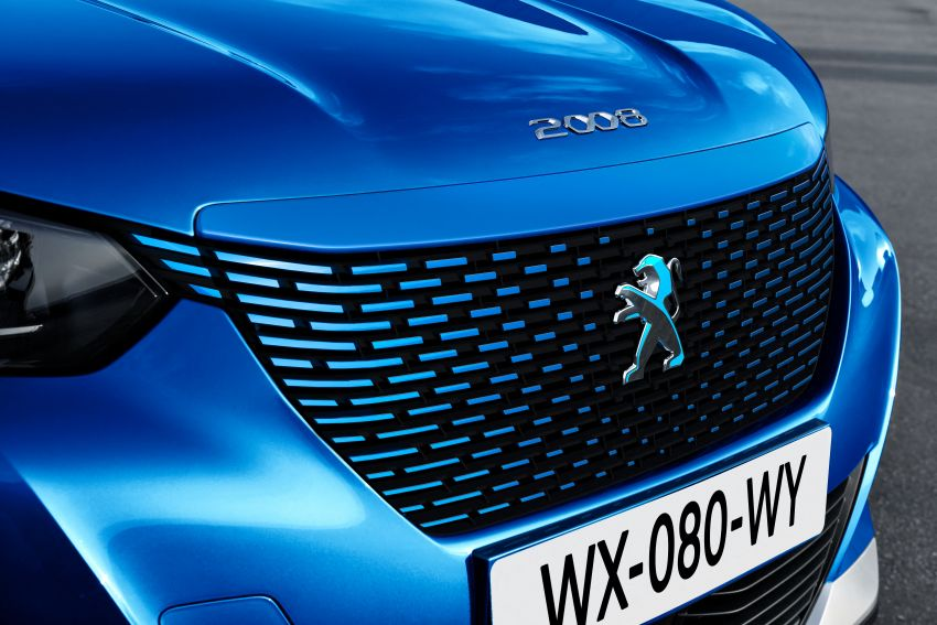 2019 Peugeot 2008 revealed – based on new 208 with lots of tech, electric e-2008 variant with 310 km range Image #975182