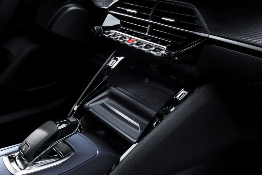 2019 Peugeot 2008 revealed – based on new 208 with lots of tech, electric e-2008 variant with 310 km range Image #974951