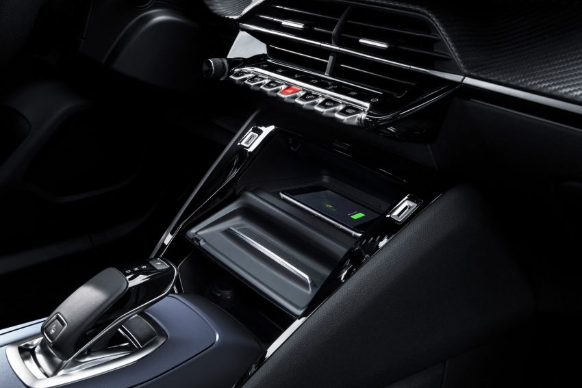 2019 Peugeot 2008 revealed – based on new 208 with lots of tech, electric e-2008 variant with 310 km range Image #974954