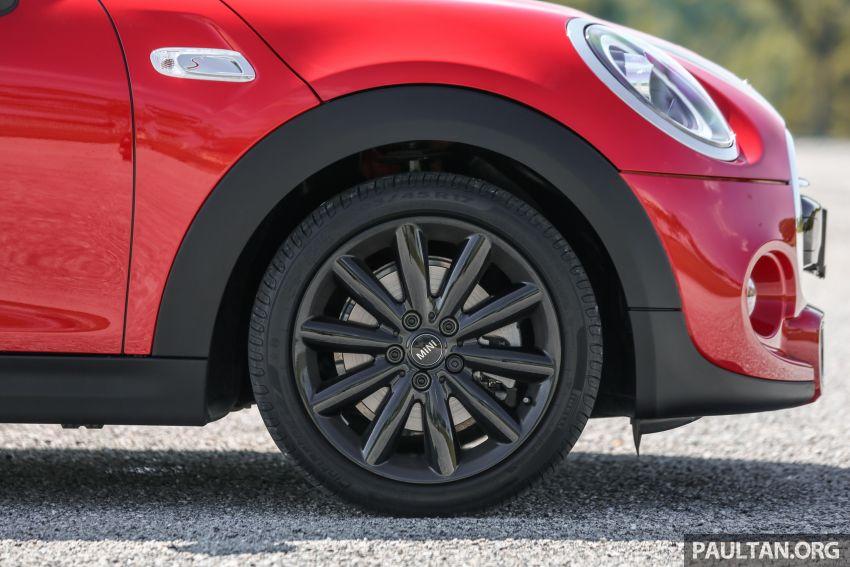 FIRST DRIVE: 2019 MINI Cooper S 3 Door, 5 Door LCI Image #970854