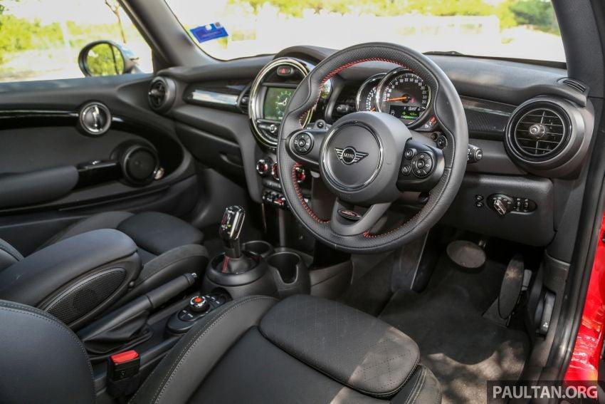 FIRST DRIVE: 2019 MINI Cooper S 3 Door, 5 Door LCI Image #970874