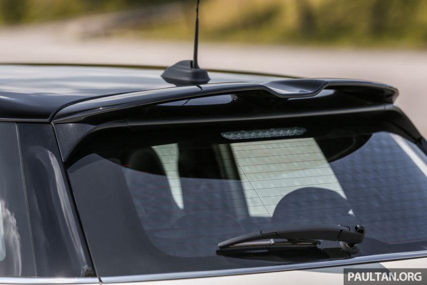 FIRST DRIVE: 2019 MINI Cooper S 3 Door, 5 Door LCI Image #970950