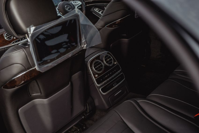 W222 Mercedes-Benz S560e PHEV in Malaysia – 469 hp and 700 Nm, 50 km all-electric range, RM658,888 Image #971375