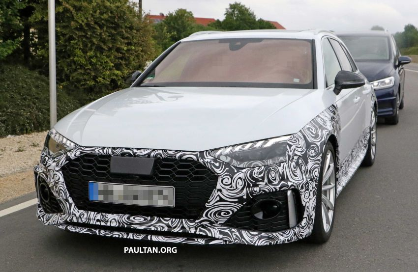 SPIED: Audi RS4 facelift to gain revised infotainment? Image #968257