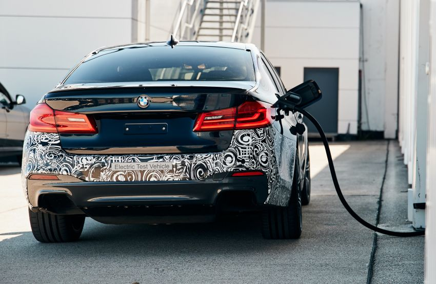 BMW Power BEV –  sub three-second, 710 hp all-electric experimental unit hidden under a 5 Series shell Image #976689