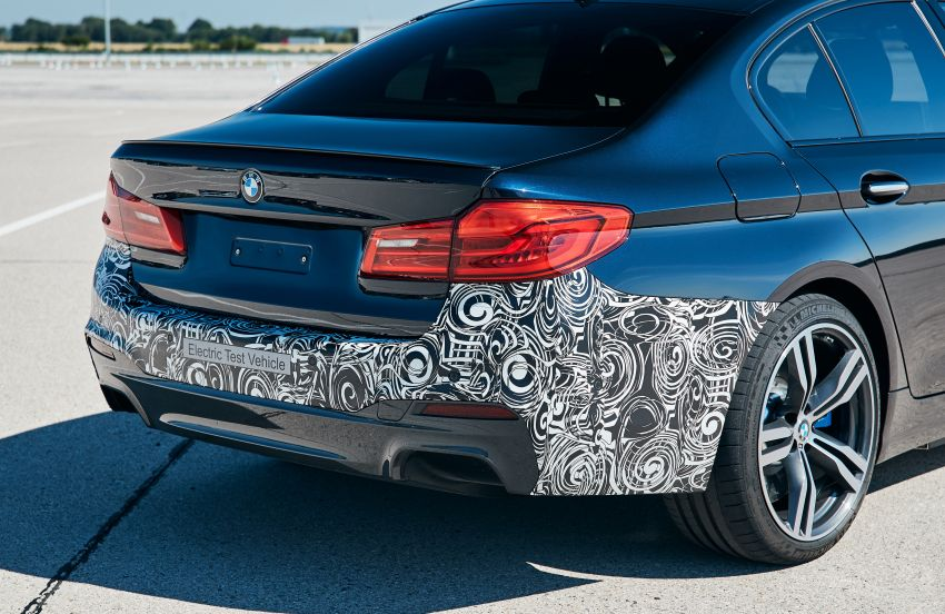 BMW Power BEV –  sub three-second, 710 hp all-electric experimental unit hidden under a 5 Series shell Image #976679