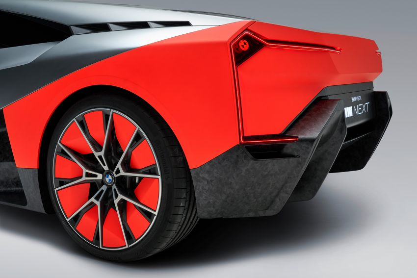 BMW Vision M Next previews M1 supercar's successor – a dedicated 600 hp, carbon-bodied plug-in hybrid Image #976665