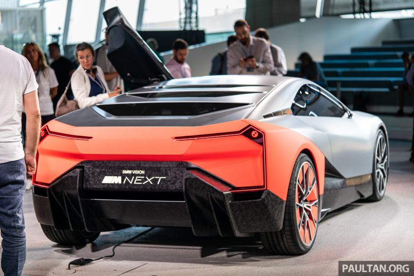 BMW Vision M Next previews M1 supercar's successor – a dedicated 600 hp, carbon-bodied plug-in hybrid Image #976733