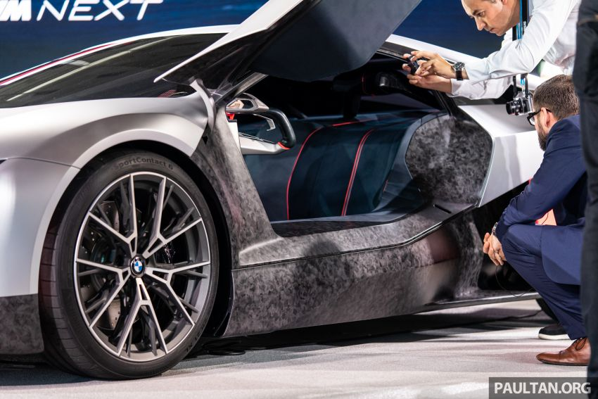 BMW Vision M Next previews M1 supercar's successor – a dedicated 600 hp, carbon-bodied plug-in hybrid Image #976728