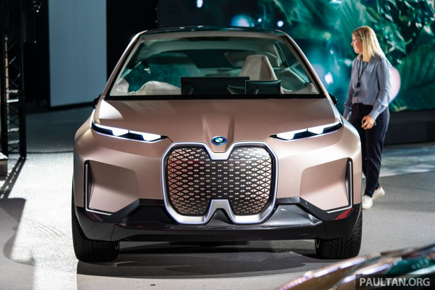 BMW speeds up its electromobility roadmap by two years – 25 model line-up to now be ready by 2023 Image #976746