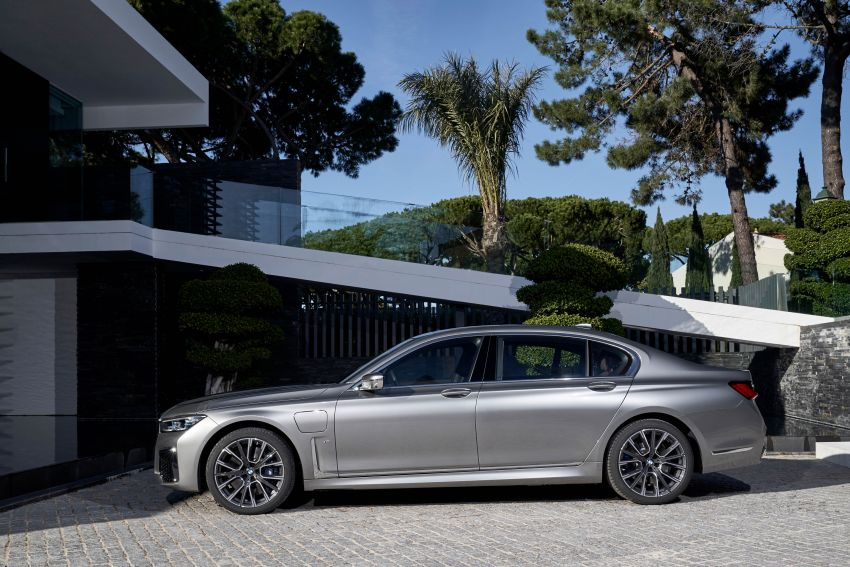 DRIVEN: G12 BMW 7 Series LCI sampled in Portugal – let's talk about that front end and some other things Image #978165