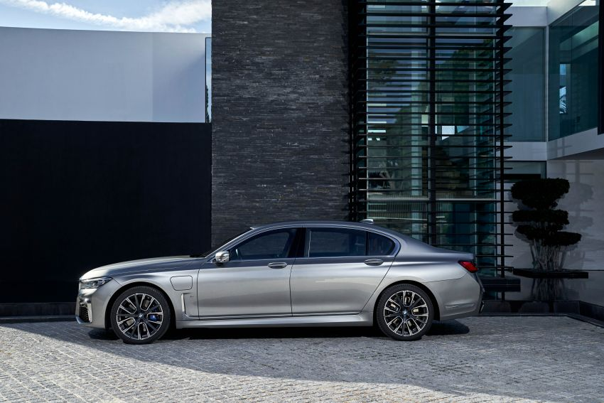 DRIVEN: G12 BMW 7 Series LCI sampled in Portugal – let's talk about that front end and some other things Image #978169