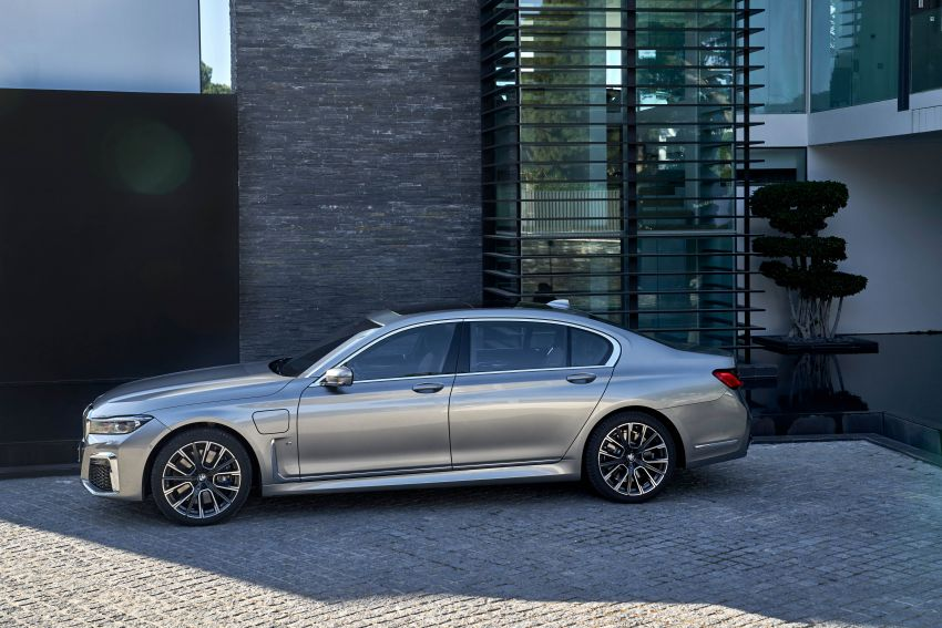 DRIVEN: G12 BMW 7 Series LCI sampled in Portugal – let's talk about that front end and some other things Image #978176