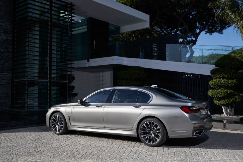 DRIVEN: G12 BMW 7 Series LCI sampled in Portugal – let's talk about that front end and some other things Image #978179