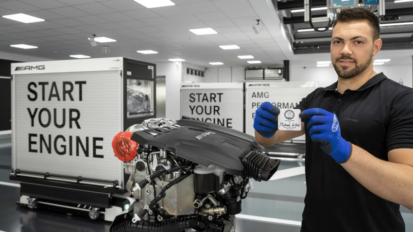 Mercedes-AMG builds the world's most powerful turbo 4-cylinder engine for the new A45 – 416 hp, 500 Nm Image #969284