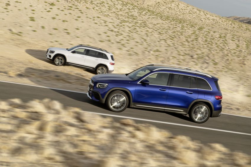 Mercedes-Benz GLB shown: compact SUV with 7 seats Image #969974