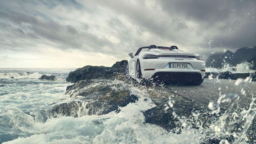 Porsche 718 Cayman GT4, Boxster Spyder unveiled Image #973346