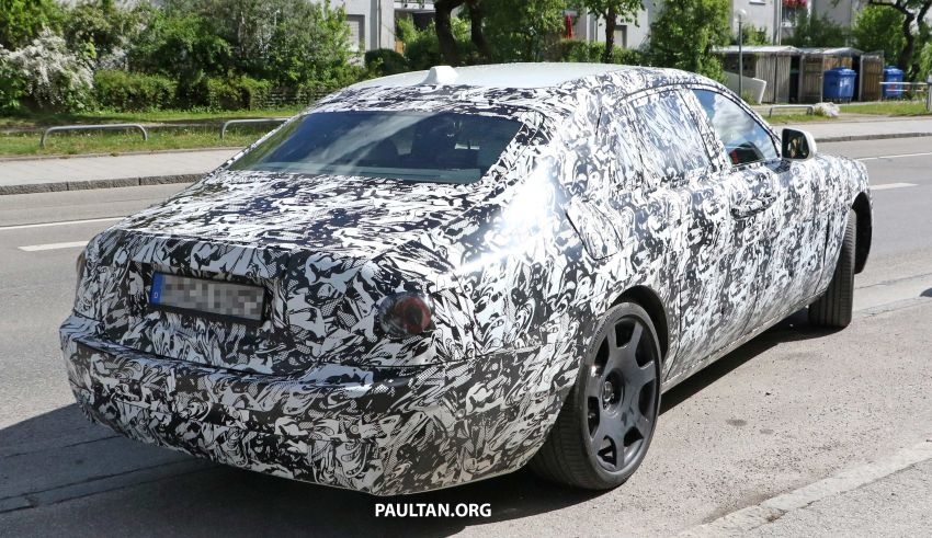 SPYSHOTS: Next Rolls-Royce Ghost spotted on test Image #970008