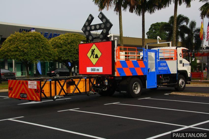 UEM Edgenta, MHA, CIDB sign safer highways MoU; mechanised highway maintenance machines launched Image #974392