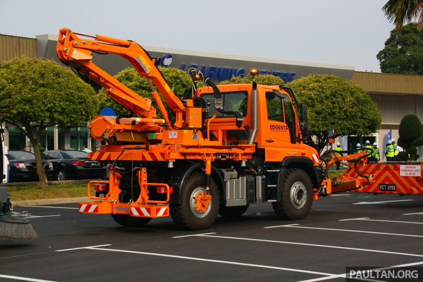 UEM Edgenta, MHA, CIDB sign safer highways MoU; mechanised highway maintenance machines launched Image #974394