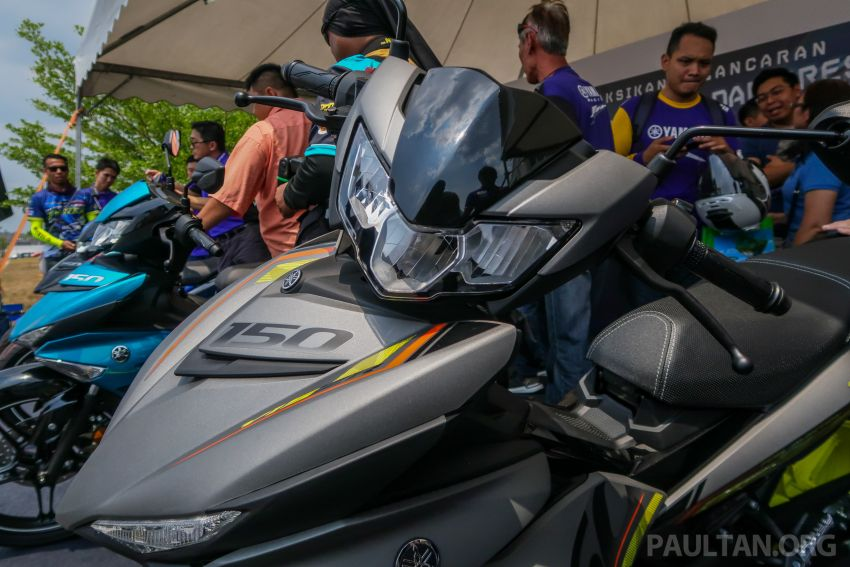 VIDEO: 2019 Yamaha Y15ZR V2 – Malaysia's most popular supercub, priced at RM8,168 RRP Image #977520