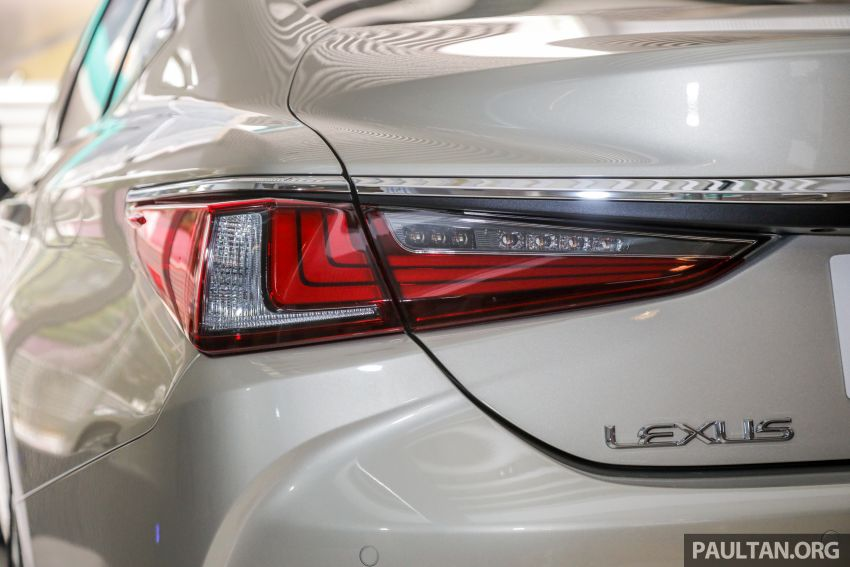GALLERY: New Lexus ES 250 Luxury – CBU, RM333k Image #980292