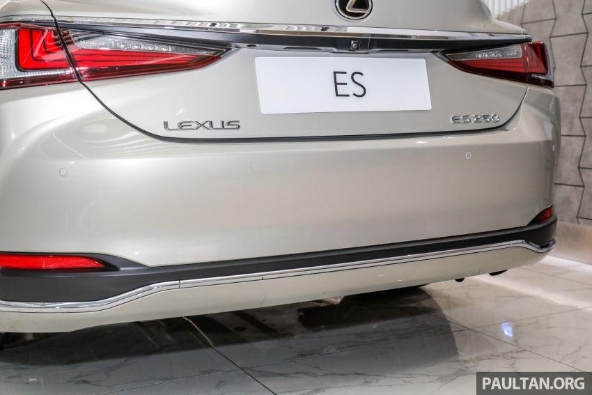 GALLERY: New Lexus ES 250 Luxury – CBU, RM333k Image #980295