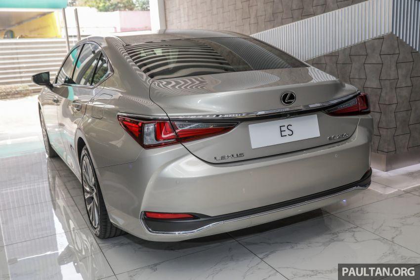 GALLERY: New Lexus ES 250 Luxury – CBU, RM333k Image #980276