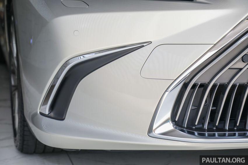 GALERI: Lexus ES 250 Luxury 2019 – dari RM332,888 Image #980326