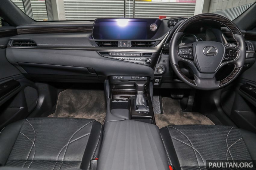 GALLERY: New Lexus ES 250 Luxury – CBU, RM333k Image #980300