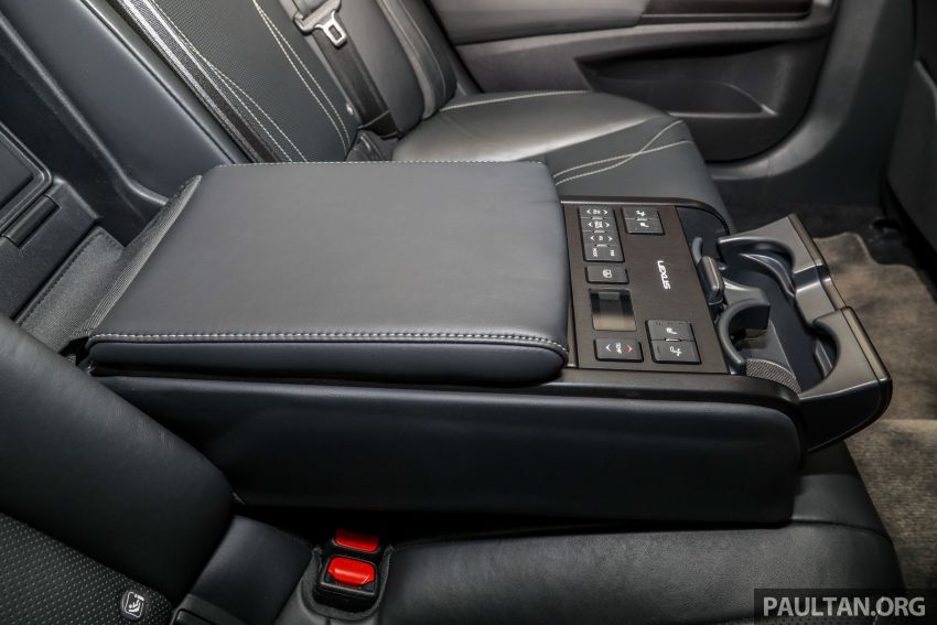 GALLERY: New Lexus ES 250 Luxury – CBU, RM333k Image #980355